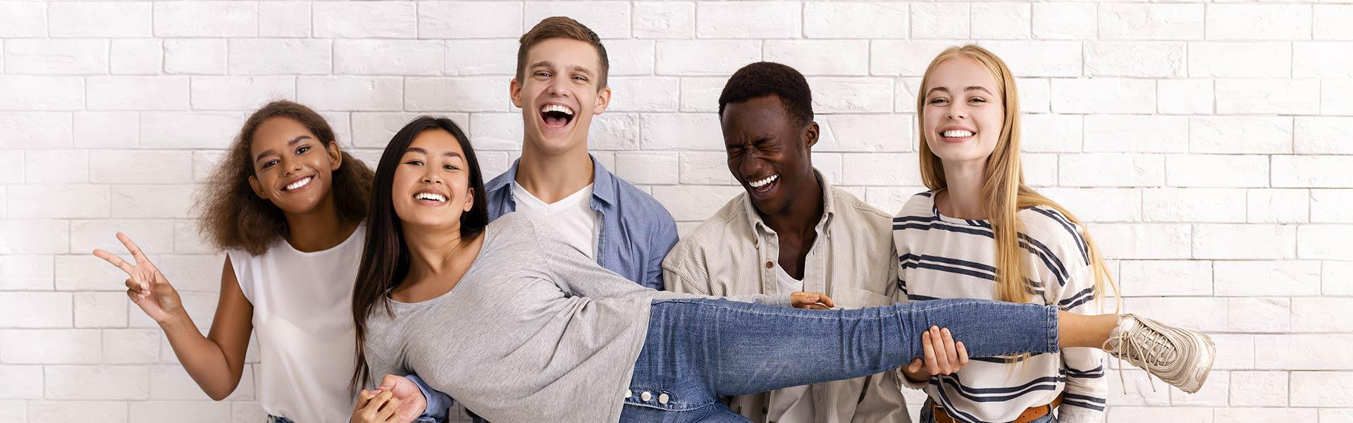 Smiling friends Dorminey Orthodontics Elk Grove Sacramento CA